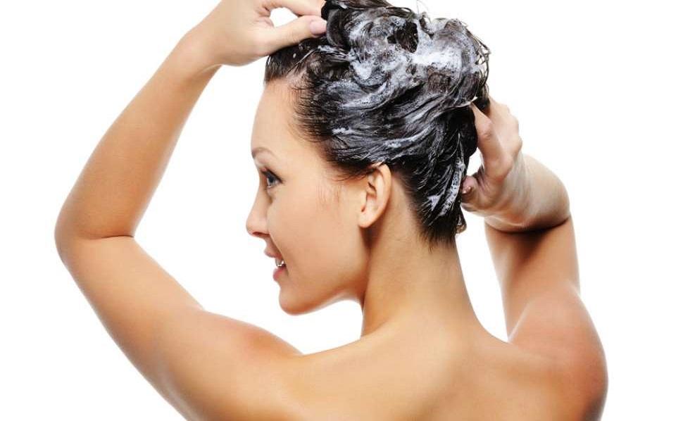 Pilihan Shampoo untuk Segala Jenis Rambut