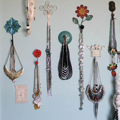 Perfecting the Jewelry display for the artsy-fartsy