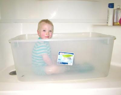 Parenting Hacks: No Bathtub, No Problem!
