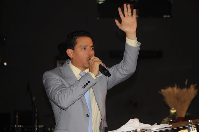 EVANGÉLICOS EM LUTO: Pastor Anderson do Carmo, esposo de Flordelis, é assassinado com 15 tiros