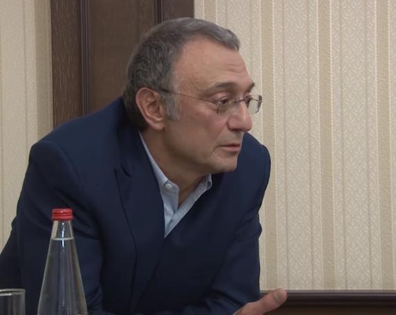 rosos-oligarchis-ftiachnei-tin-bartsa-tou-kafkasou