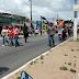 Sindicalistas caminham pela Tomaz Landim e trânsito fica totalmente represado na saída da zn