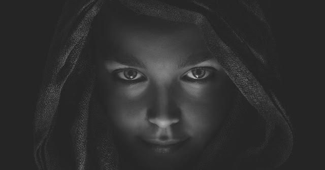 ТОЛЬКО СИЛЬНАЯ ЖЕНЩИНА ДЕЛАЕТ ЭТИ 9 ВЕЩЕЙ В ОТНОШЕНИЯХ