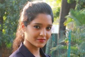 National award winning actress to debut in Telugu films