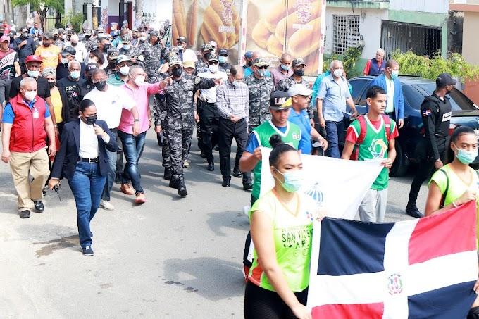 """Celebran actividad """"Policía Nacional  y San Francisco de Macorís Unidos por el Deporte"""""""