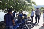 Prihatin Pandemi Corona, Pengusaha Ini Bagikan 3 Ton Ikan Nila Segar Ke 1000 Warga Singkarak