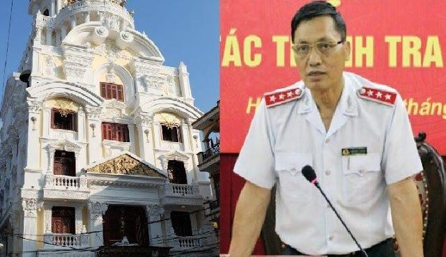 Hé lộ hình ảnh biệt phủ Phó Tổng thanh Chính phủ chẳng có lấy 1 xu trong nhà