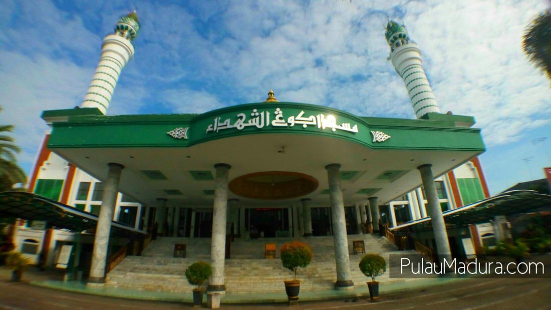 Obyek Wisata Religi Masjid Asy Syuhada Di Kabupaten Pamekasan Gerbang Pulau Madura