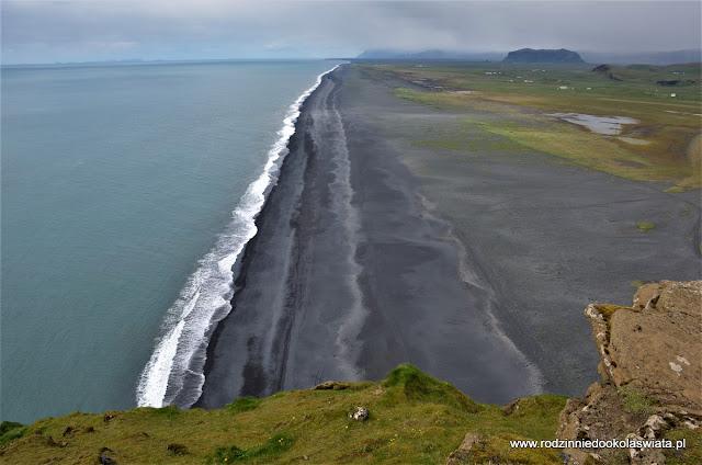 Islandia wyspa lodu i ognia- Vik, Reynisfjara i Dyrhólaey