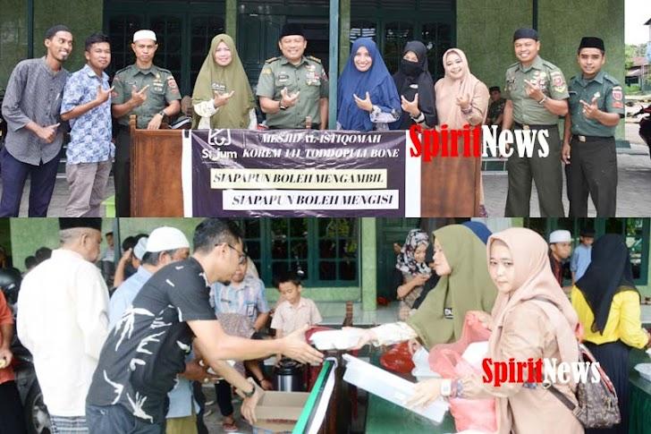 Kasrem Letkol Inf Bobbie Triyantho Bersama Personil Korem 141/Tp, Berbagi Dihari Jumat