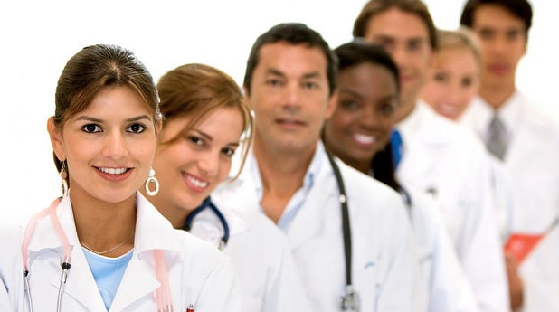 PHYSICIANS - Top 30 Wold Paying Jobs Fresh Graduate in America.