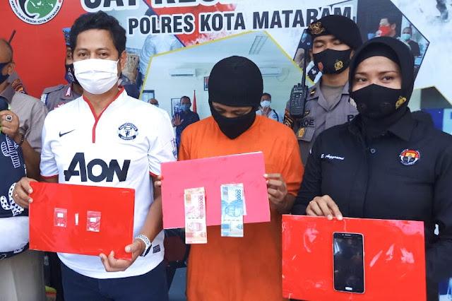 Seorang janda penjual baju online ditangkap Polisi