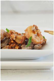 ku-bak un plato chino de arroz inflado- ku-bak tres delicias- ku bak tres delicias