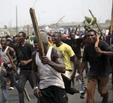 Hoodlums set man ablaze and injure another over suspicion of being bike thieves in Ibadan
