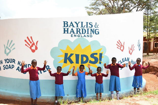 a Bella e o Mundo - Just one Drop Kenya - Baylis & Harding