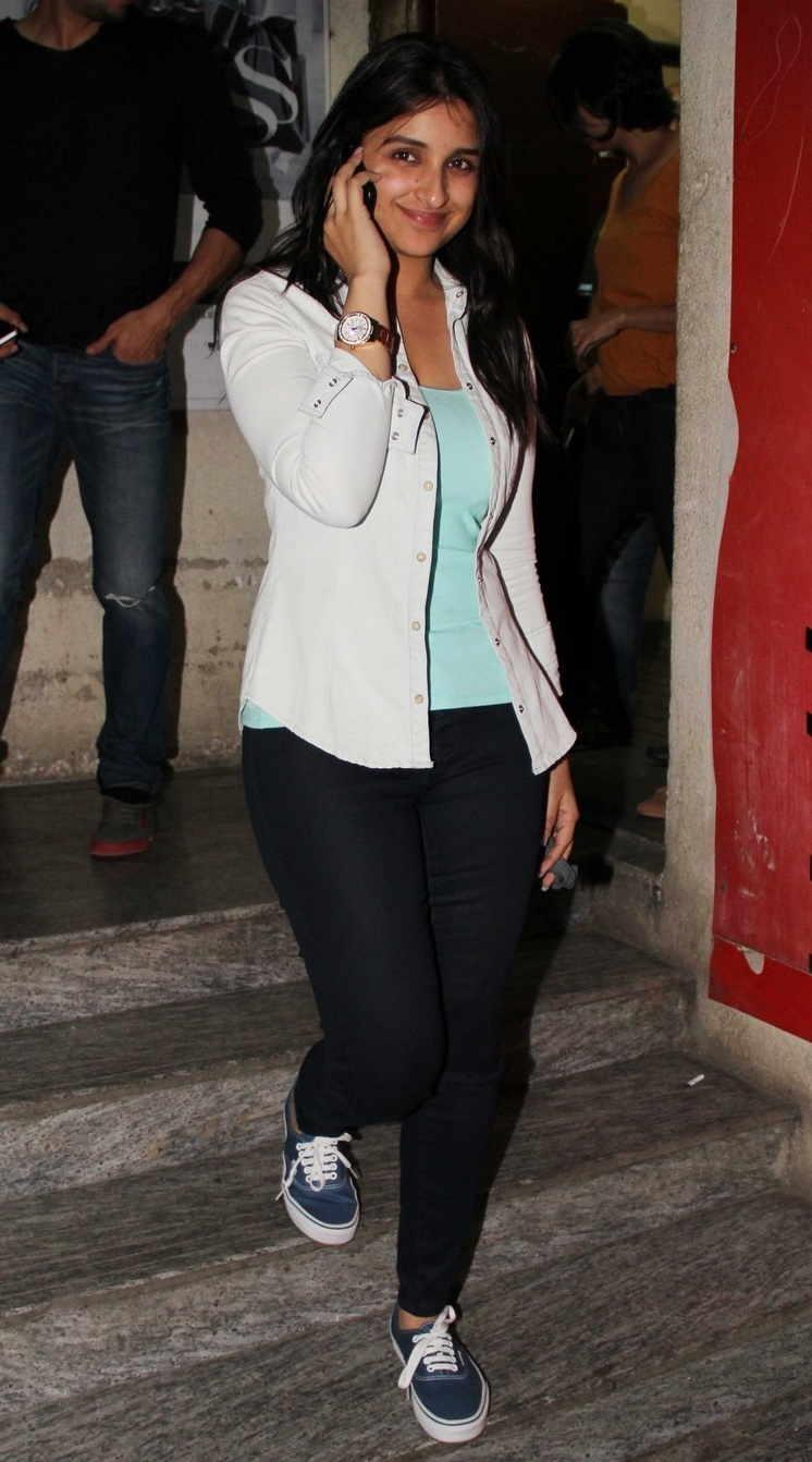 Parineeti Chopra Without Make Up Face Stills In White Shirt Black Jeans