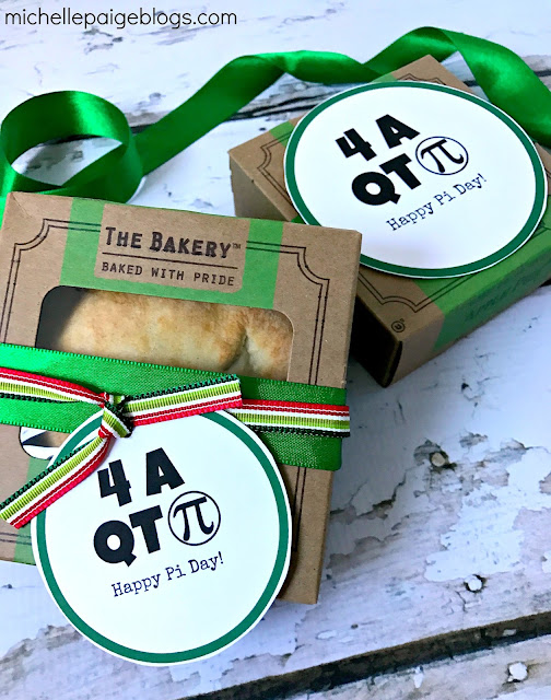 Pi Day tags for mini pies