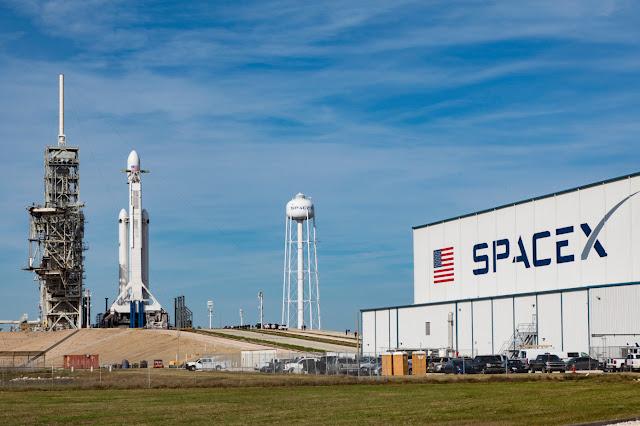 SpaceX inovasyonu geride bırakan lansman düzenlemesine dikkat çekiyor