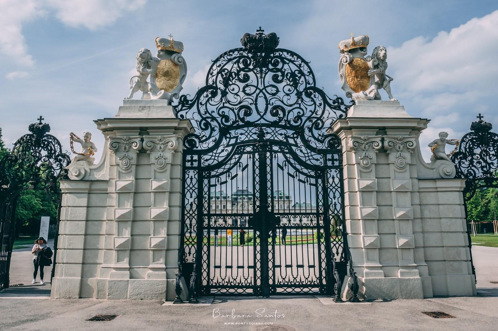 Gates at Schloss Belvedere | Vienna - Travel