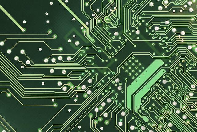 كيف تعرف اسم وموديل Motherboard بدون برامج