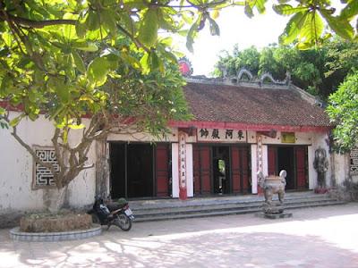 Đền Phù Ủng