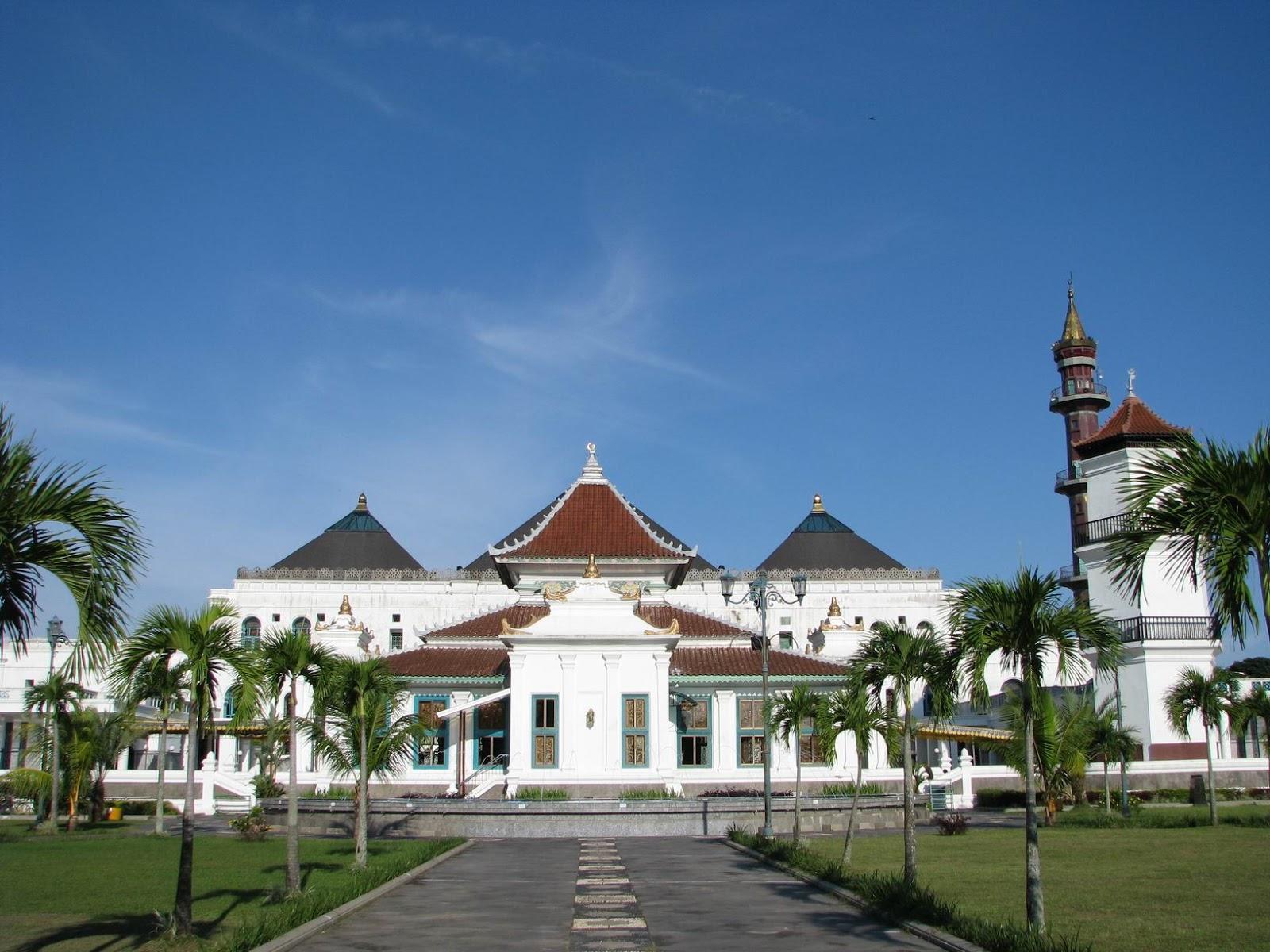 Sejarah Berdirinya Masjid Agung Palembang