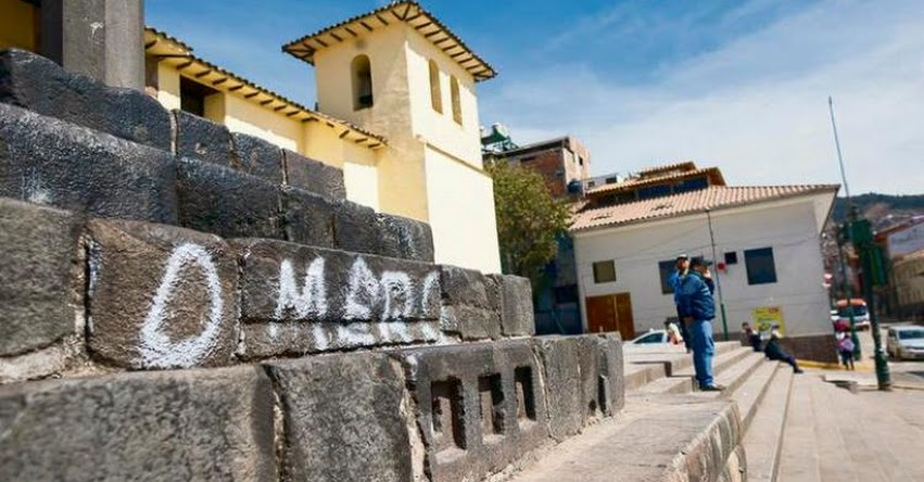 Escolares de Cusco atentan contra patrimonio