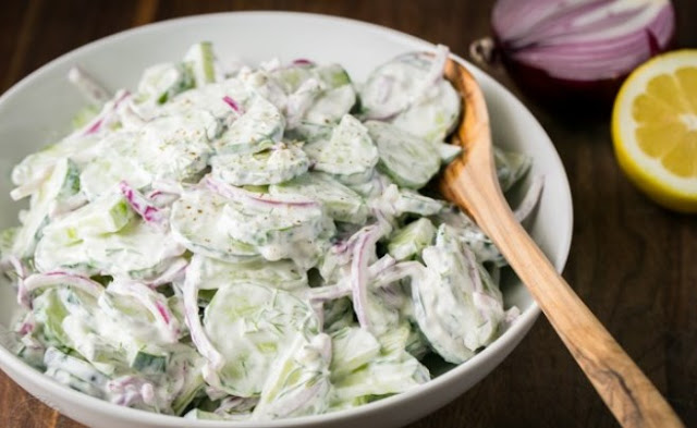 Creamy Italian Cucumber Salad #healthy #lowcarb