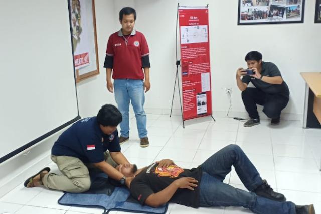 Komunitas Honda Kalbar Mendapatkan Ilmu Materi Basic Life Support