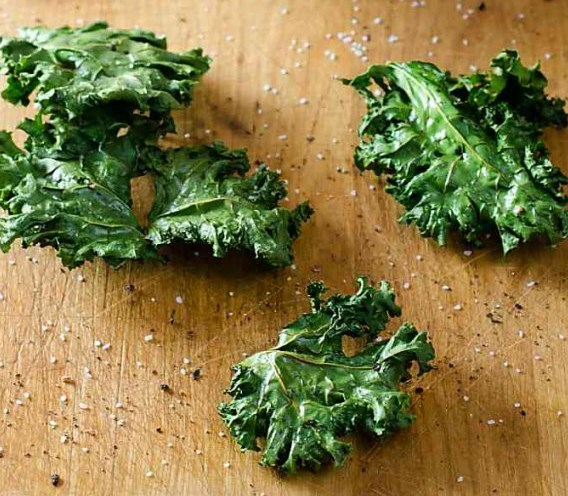 HOW TO MAKE KALE CHIPS #healthy #snack
