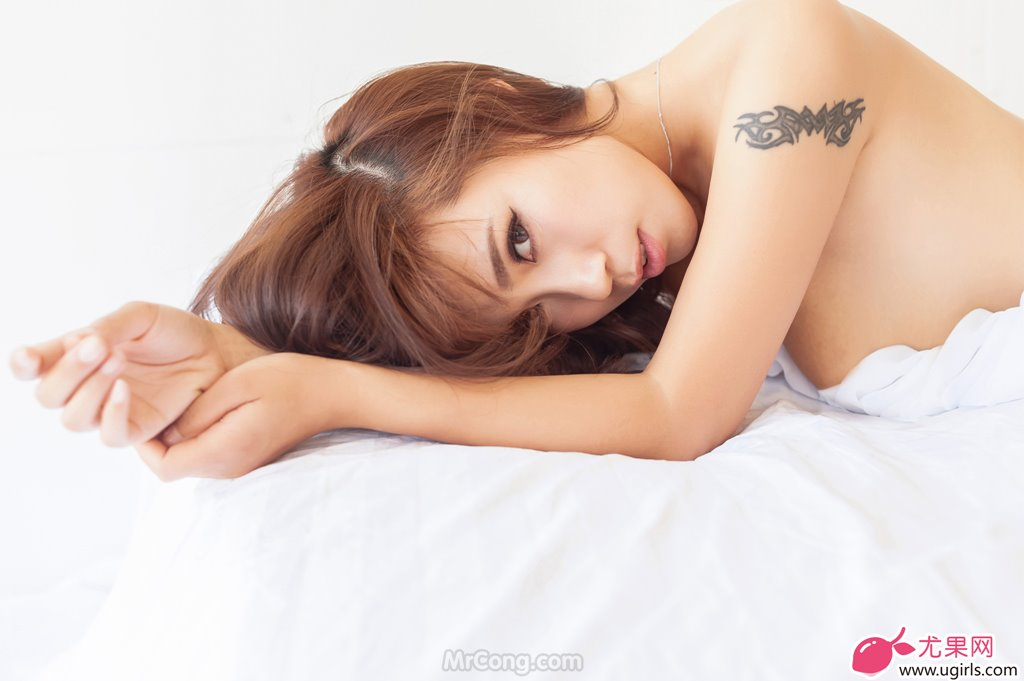 Image MrCong.com-UGIRLS-020-Tian-Yi-Yi-021 in post Người đẹp Tian Yi Yi (田依依) khoe ngực trần sexy trong bộ ảnh UGIRLS 020