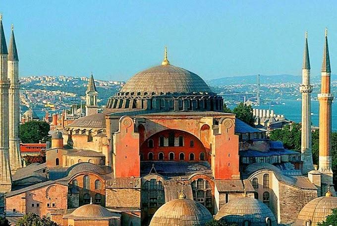Οι Τούρκοι θέλουν να φτιάξουν τουαλέτες στην Αγιά Σοφιά