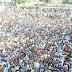 """उद्धव ठाकरे ने इकट्ठा हुए दिहाड़ी मजदूरों से ''चुनौती'' का सामना करने की अपील की   Uddhav Thackeray appealed to the daily wage workers gathered to face the """"challenge"""""""