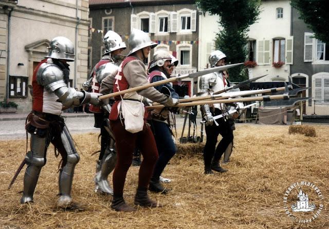 http://patrimoine-de-lorraine.blogspot.fr/2011/01/la-bataille-de-nancy-5-janvier-1477.html