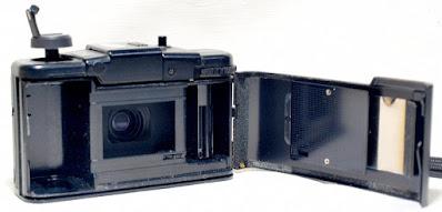 Olympus XA1 (D.Zuiko 35mm 1:4) #660
