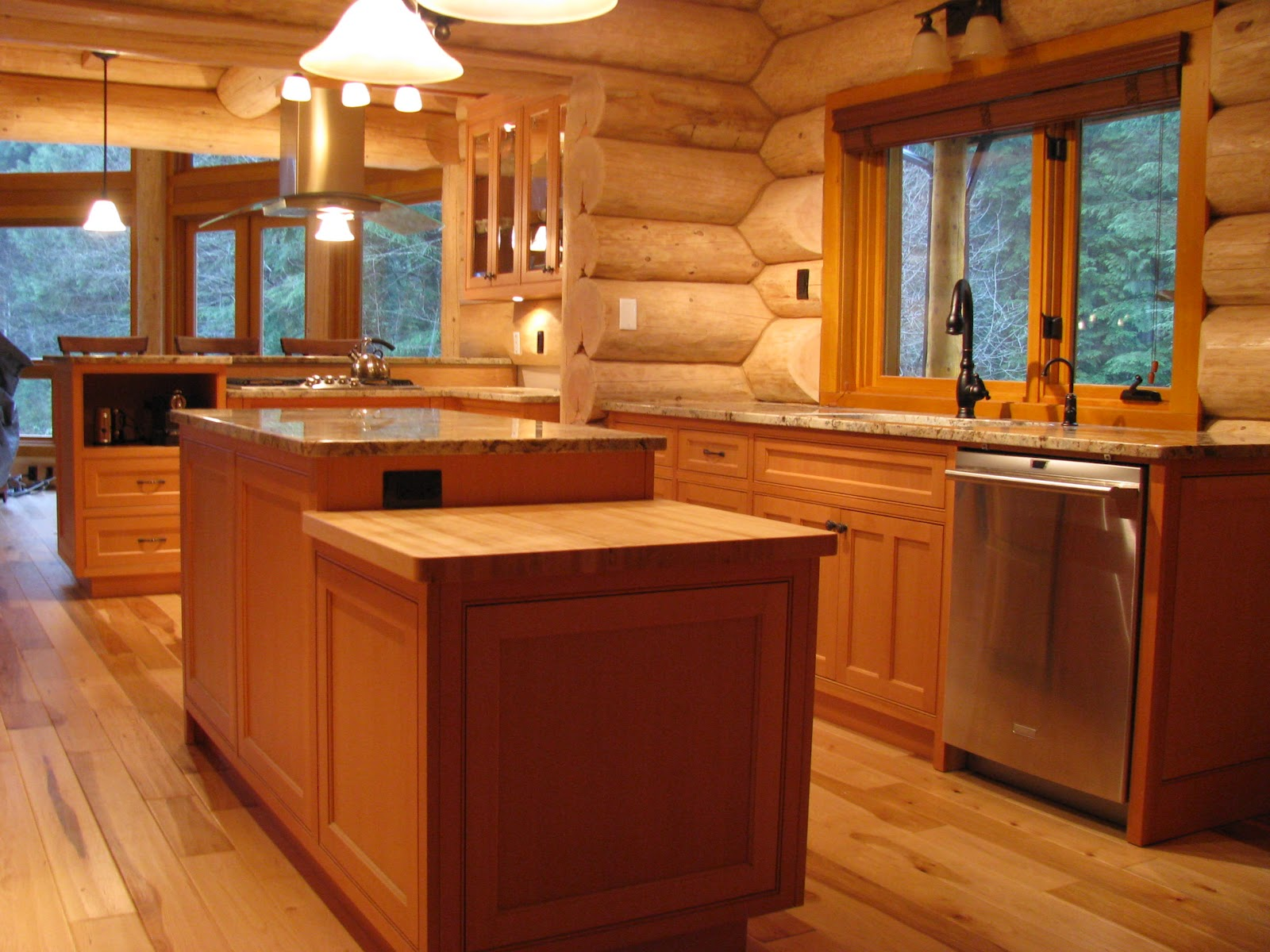 Custom Log Home Kitchen Cabinets