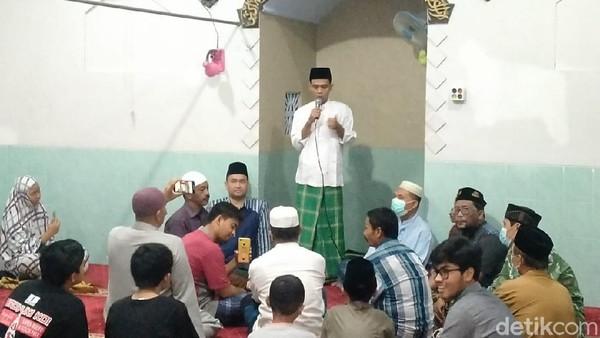 Diminta Mertua Jadi Imam Salat Tarawih, UAS Ceramah Tentang Nuzulul Qur'an