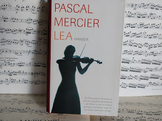 https://www.hanser-literaturverlage.de/buch/lea/978-3-446-20915-2/