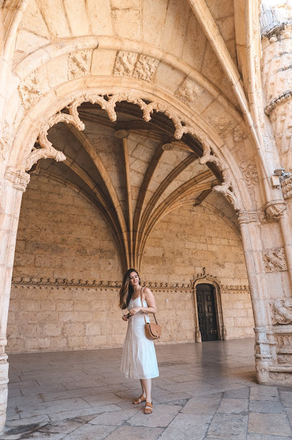 Alicia Mara at Jerónimos Monastery | Tips and Tricks