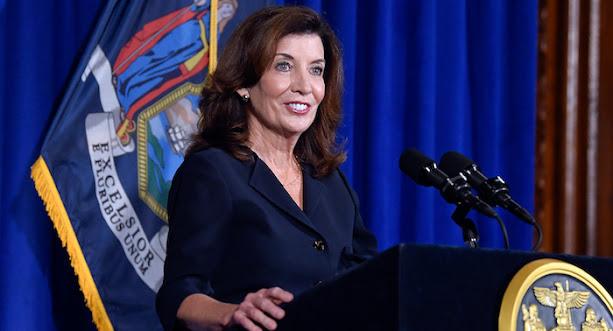 Nine Women,Governors,US Record,scandal-plagued predecessor,coronavirus pandemic, New York Gov. Kathy Hochul,News,
