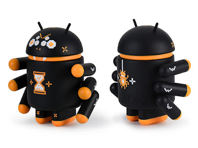 Webcrawler Android Vinyl Figure by Andrew Bell