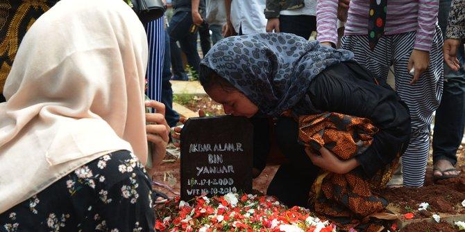 Tak Kunjungi & Ucapkan Duka Akbar Alamsyah Korban Meninggal Demo di DPR, Jokowi tak Punya Rasa Kemanusiaan