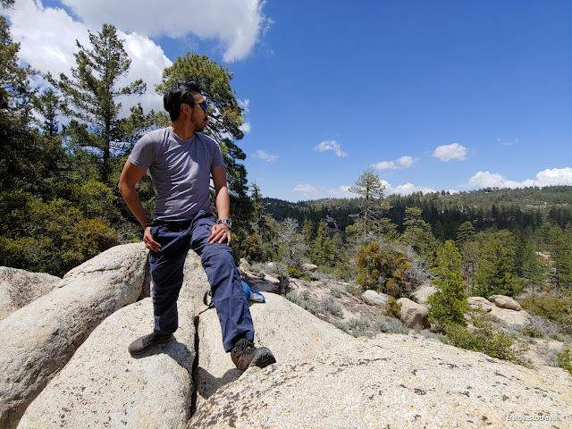 Men Hiking Pants - Convertible to shorts