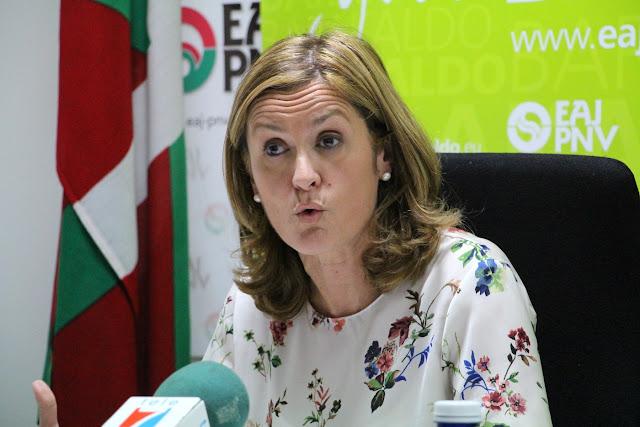 La ahora alcaldesa, Amaia del Campo, cuando estaba en la oposición