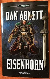 Portada de la edición omnibus Eisenhorn, de Dan Abnett