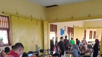 Guru dan Staf SMK Negeri 1 Bongas Jalani Vaksinasi COVID-19