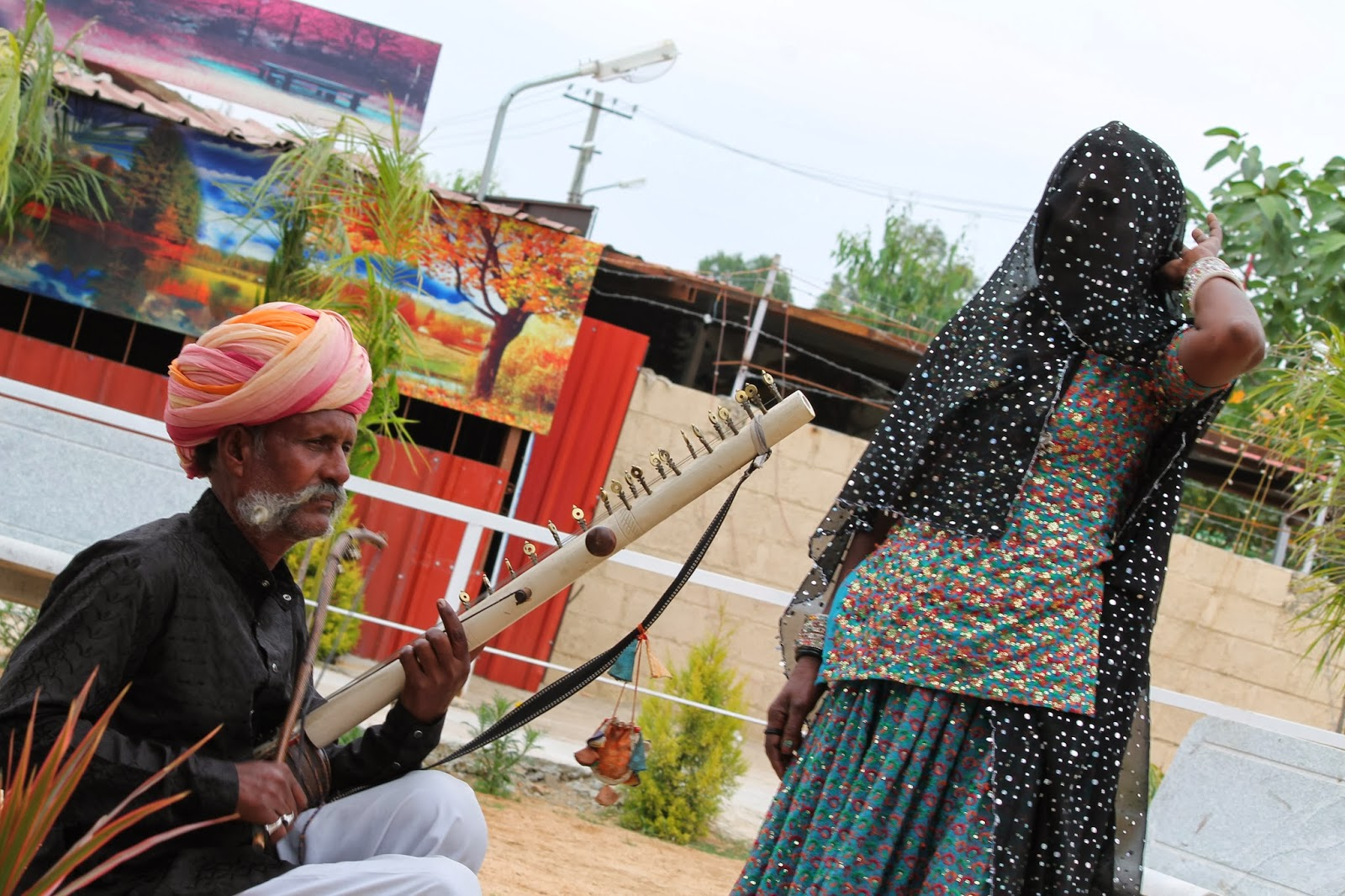 jayantiblogshere unusual occupations nomad singers of folklore unusual occupations this time features a lesser known artiste from the same genre narayan bhopa and his wife mitwa bhopi who perform at different tourist
