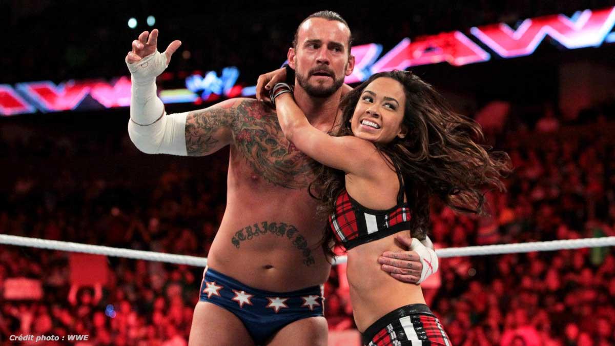 CM Punk descarta um possível retorno de AJ Lee aos ringues