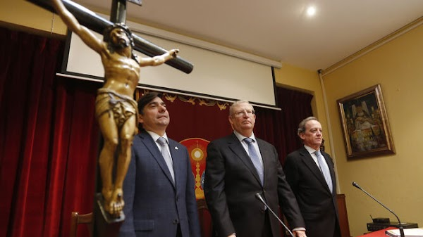 The Council of Brotherhoods of Seville already has a plan to return the money for the Easter chairs