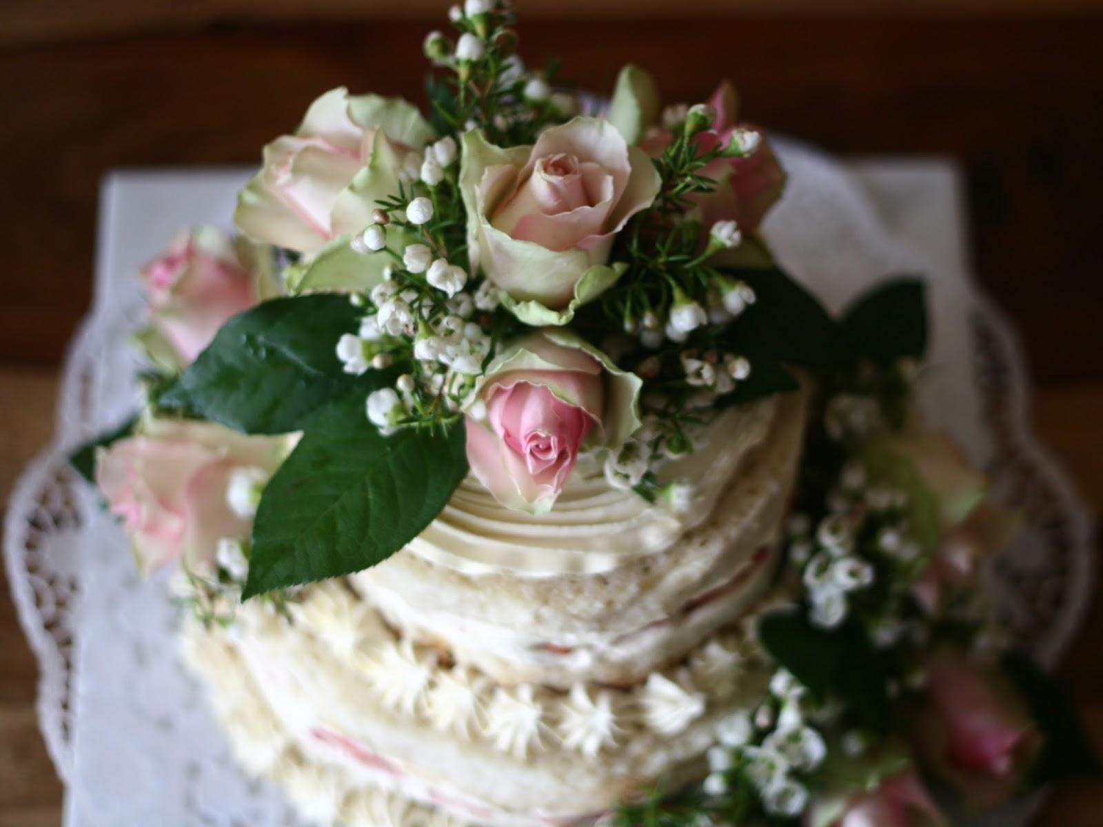 Frische Blumen Und Naked Cakes Prinzessin Kostlich